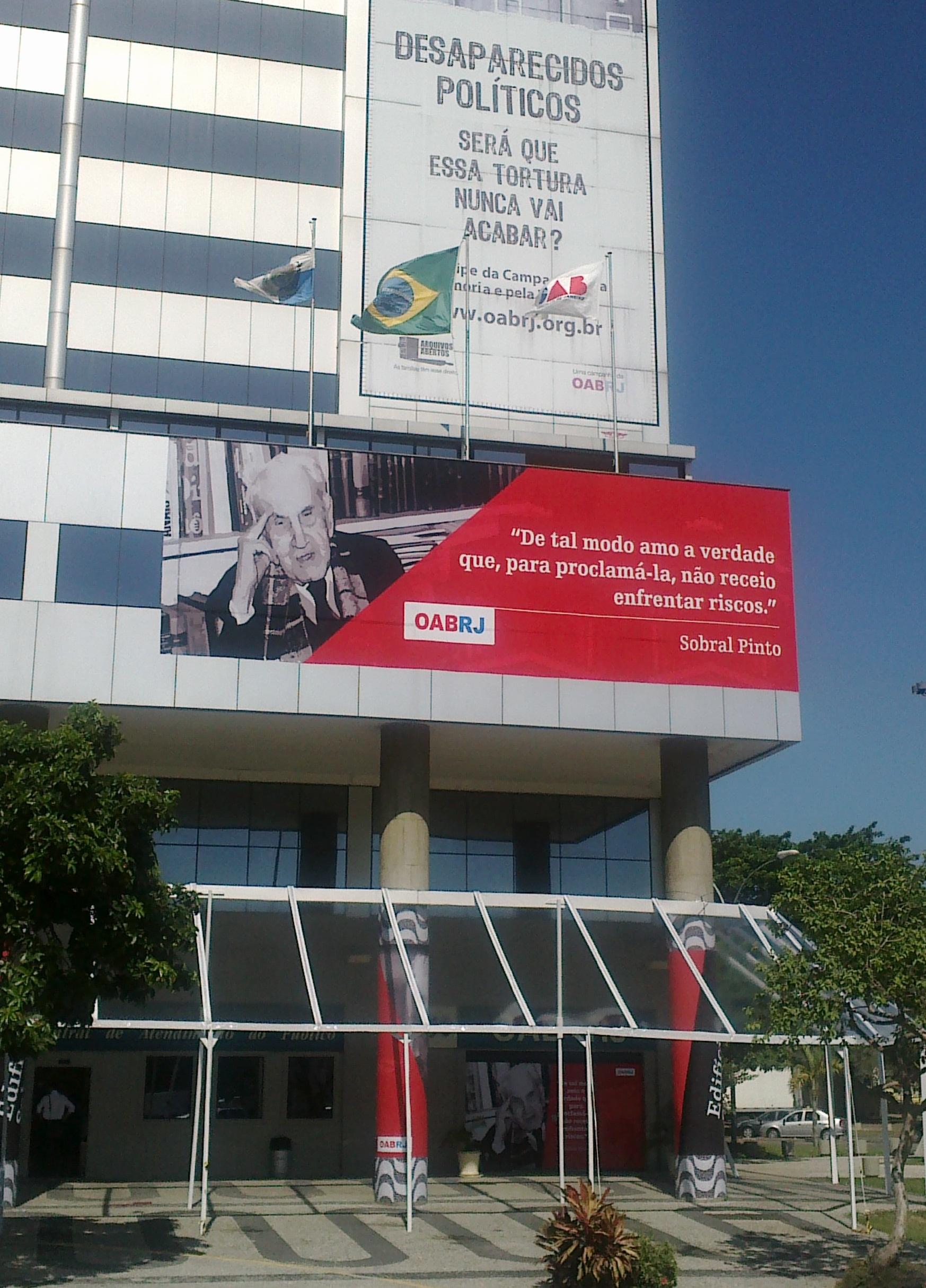 Edifício sede da OAB-RJ, alvo de atentado e ameaça de bomba na tarde hoje. Foto: Marcelo Oliveira / ASCOM - CNV